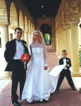 2000年, 結婚於澳大利亞